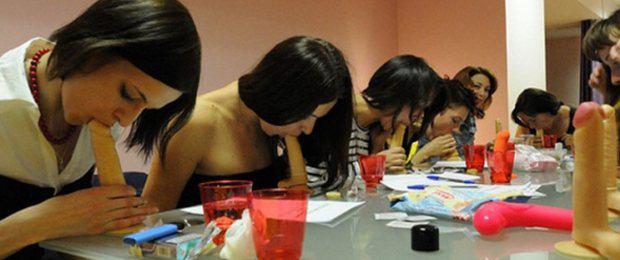 Devinez ce que les femmes Russes apprennent à l'école ?